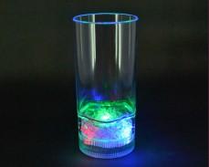 Светеща чаша за ВОДА с LED лампички 300мл.