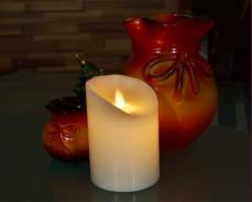 Голяма восъчна свещ с LED 10см