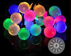 Светещи топки 20 МНОГОЦВЕТНИ led лампи соларни