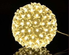 Светещо кълбо с цветя 100 ТОПЛО БЕЛИ led 15 см