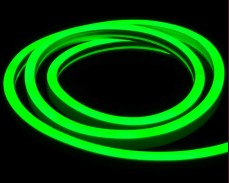 Едностранно светещ LED НЕОН гъвкав маркуч ЗЕЛЕН 220V