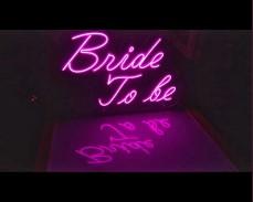 """Светещ неонов надпис """"BRIDE TO BE"""" под наем"""