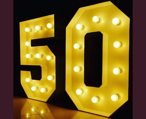 Светещи обемни цифри 50