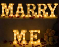 Светещ надпис MARRY ME с LED лампички