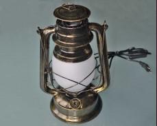 Декоративен фенер газова лампа с LED и имитация на пламък