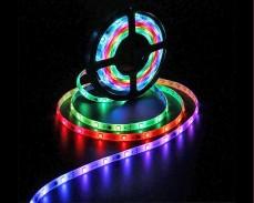 Дигитална RGB LED лента 5м с вградени ефекти 12V